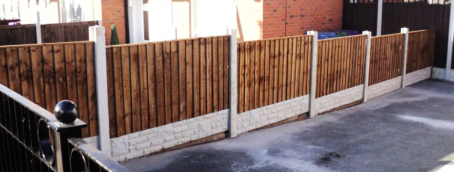 Garden Fence Repairs Liverpool Colourstone Fencing